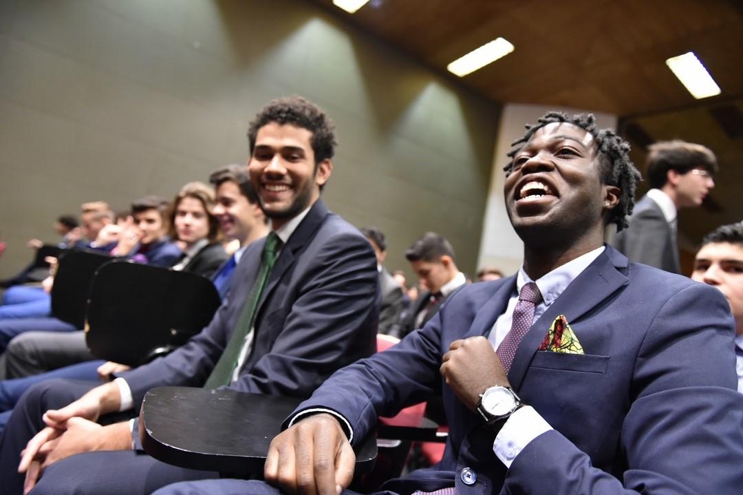 150 Alumnos De Tajamar Se Gradúan